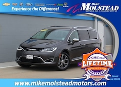 New 2019 Chrysler Pacifica Limited Minivan/Van for Sale in Charles City, IA