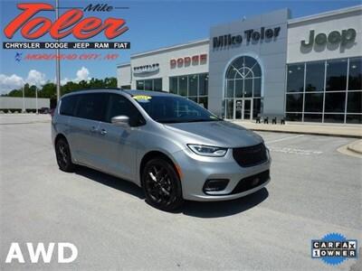 2021 Chrysler Pacifica Limited Minivan/Van