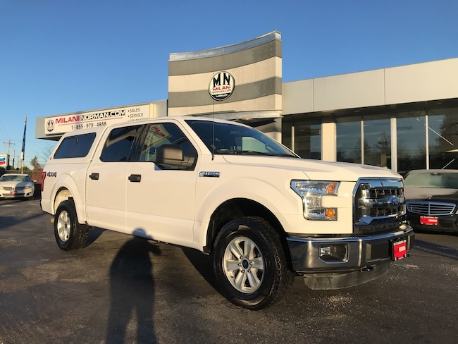 2015 Ford F-150 XLT 4WD CREW MATCHING CANOPY ONLY 62, 000KM Crew Cab 72