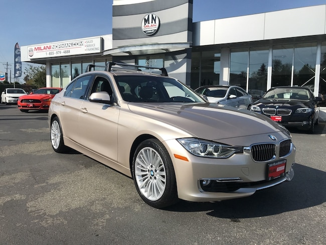 2013 BMW 3 Series 328i xDrive Classic Line **ONLY 56, 000KMS** Sedan 37