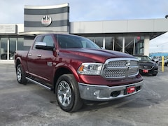 2017 Ram 1500 Laramie 4WD 4-Corner Air Suspension Navi Only 57Km Crew Cab 80
