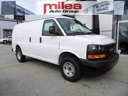 2020 GMC Savana Cargo 3500 Work Van Van