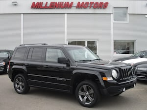 2015 Jeep Patriot SPORT 4WD HIGH ALTITUDE / LEATHER  / SUNROOF