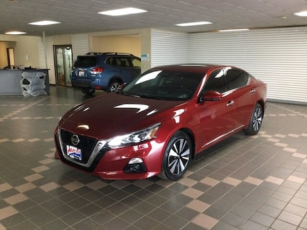 Featured Used 2019 Nissan Altima 2.5 SL 1N4BL4EW3KN303709 for Sale in Hermantown MN