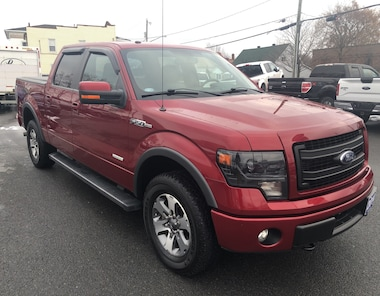 2014 Ford F150 XLT/FX4, Moonroof, Nav, Sensors, Camera SUPERCREW 6 Speed Automatic 4x4