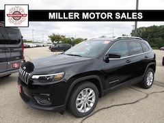 New trucks, SUVs, and cars 2019 Jeep Cherokee LATITUDE FWD Sport Utility for sale near you in Burlington, WI