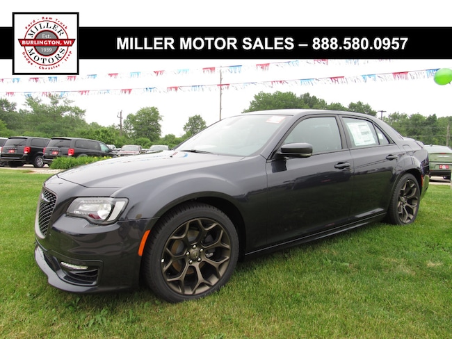 New 2018 Chrysler 300 S Sedan For Sale Burlington, Wisconsin