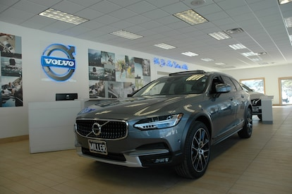 Volvo Dealers Nh >> New 2019 Volvo V90 Cross Country For Sale In Lebanon Nh Near Claremont Vin Yv4a22nl4k1077204
