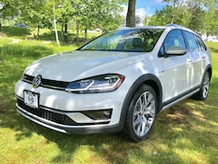 New 2019 Volkswagen Golf Alltrack TSI SE 4MOTION Wagon for sale in Lebanon, NH at Miller Volkswagen