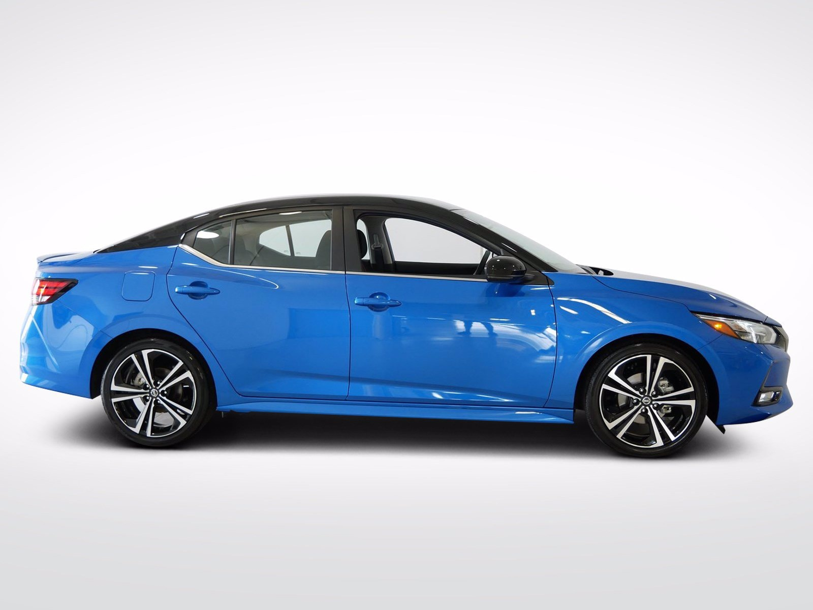 Used 2021 Nissan Sentra SR with VIN 3N1AB8DV6MY204397 for sale in Willmar, Minnesota