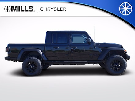 2020 Jeep Gladiator SPORT S 4X4 Crew Cab for sale in Willmar, MN