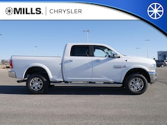 2018 Ram 2500 LARAMIE CREW CAB 4X4 6'4 BOX Crew Cab 3C6UR5FL1JG381819 for sale in Willmar, MN