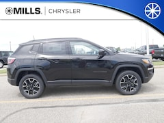2019 Jeep Compass UPLAND 4X4 Sport Utility 3C4NJDAB8KT689625 for sale in Willmar, MN