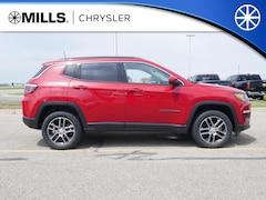 2019 Jeep Compass LATITUDE 4X4 Sport Utility 3C4NJDBB9KT657149 for sale in Willmar, MN