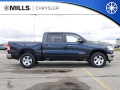 2019 Ram 1500 BIG HORN / LONE STAR CREW CAB 4X4 5'7 BOX Crew Cab 1C6SRFFT7KN585997 for sale in Willmar, MN