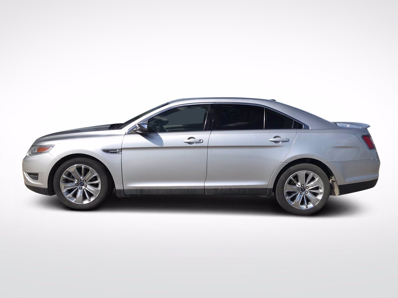 Used 2010 Ford Taurus Limited with VIN 1FAHP2FW5AG138458 for sale in Willmar, Minnesota