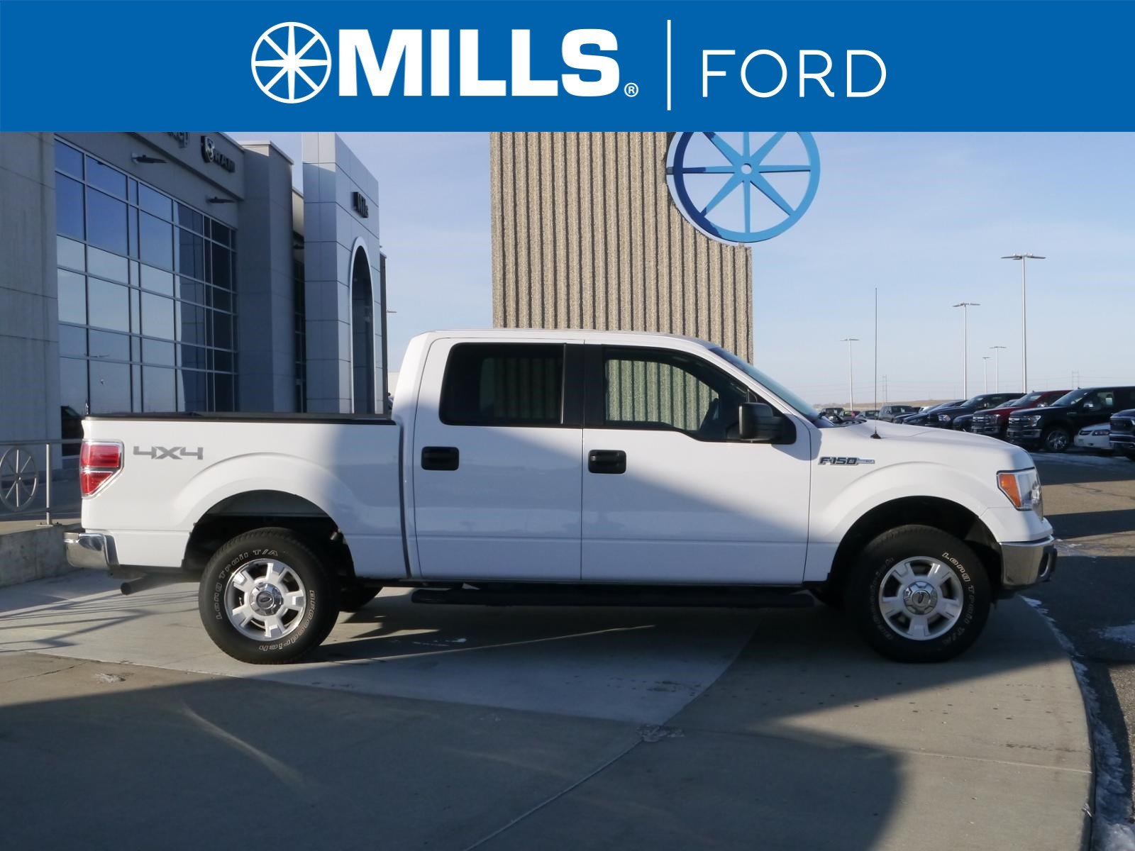2014 Ford F-150 4WD SuperCrew 145 XLT 4WD SuperCrew 145 XLT