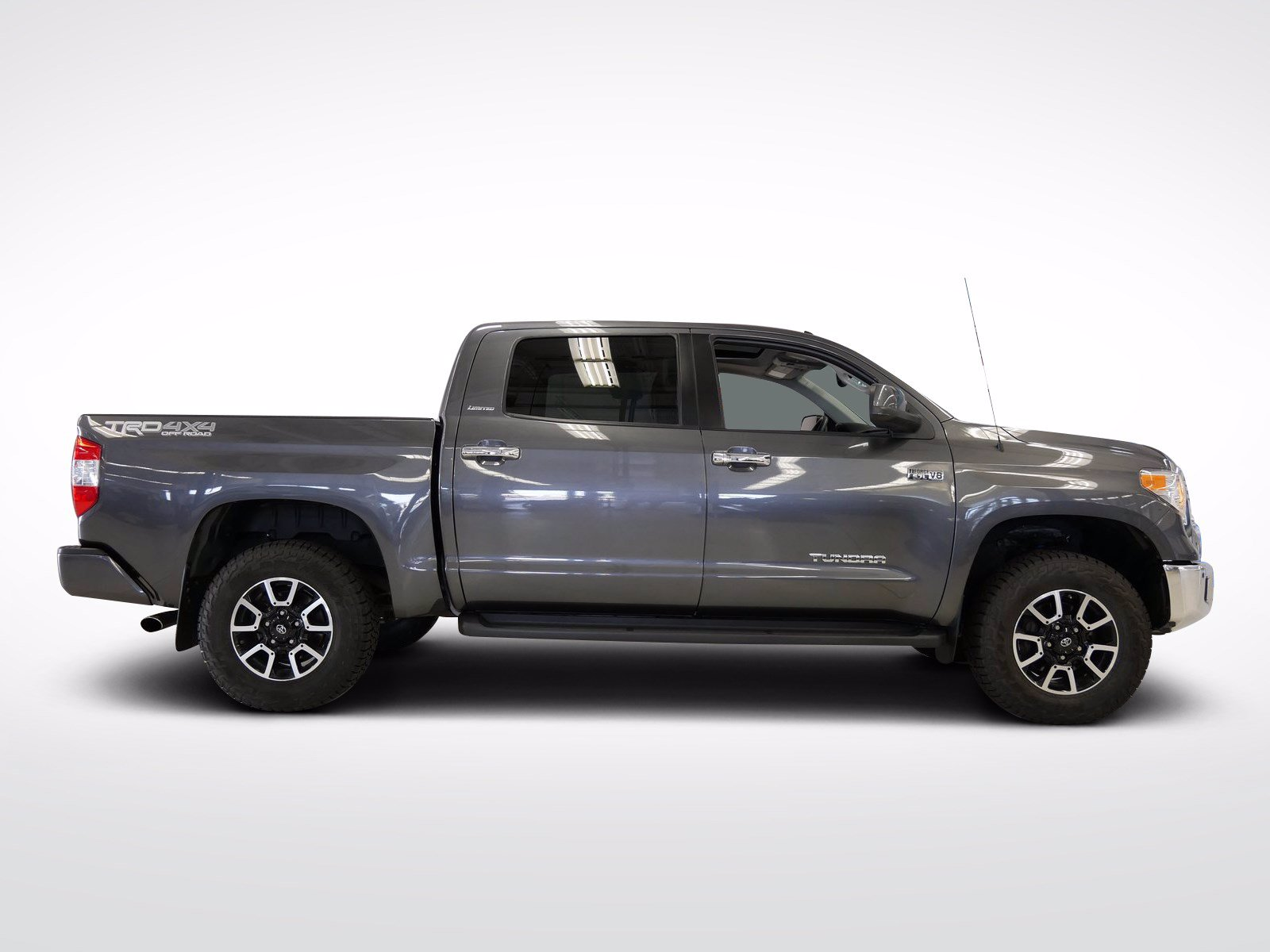 Used 2016 Toyota Tundra Limited with VIN 5TFHW5F14GX494816 for sale in Willmar, Minnesota