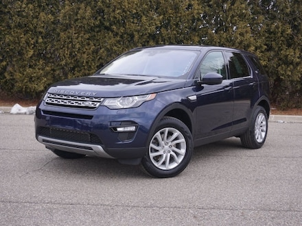 Featured Pre-Owned 2017 Land Rover Discovery Sport HSE SUV for sale in Macomb, MI