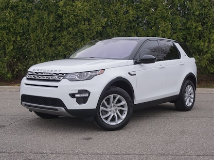 Featured Pre-Owned 2018 Land Rover Discovery Sport HSE SUV for sale in Macomb, MI