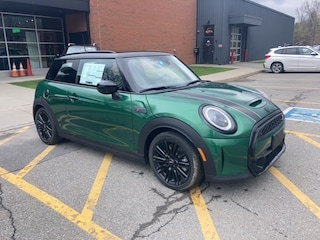 New 2022 MINI Cooper S Hardtop 2 Door in Shelburne, VT