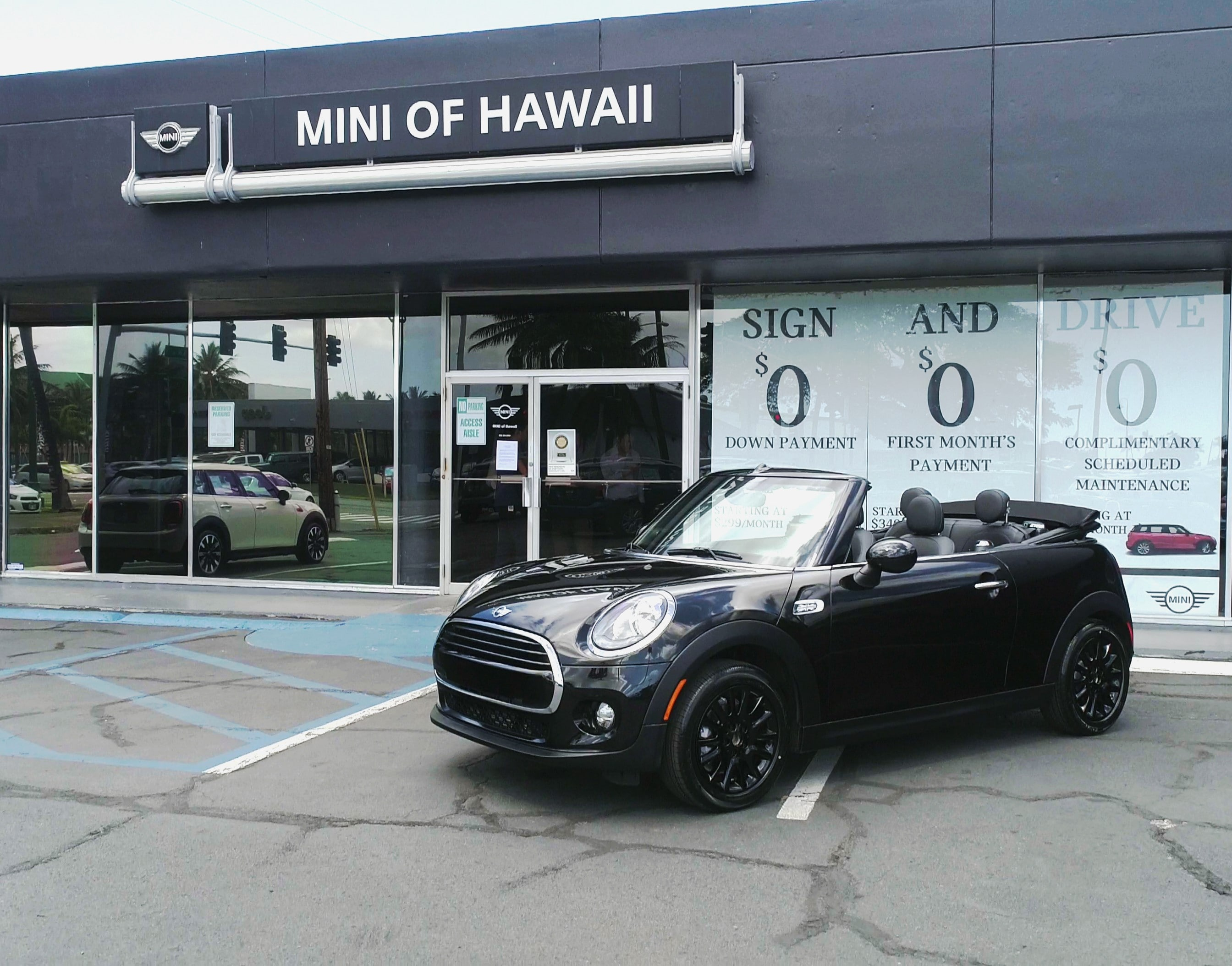 mini hawaii dealer photo 1 copy.jpg