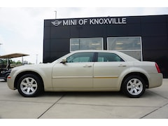 Used 2007 Chrysler 300 4dr Sdn 300 Touring RWD Sedan for sale in Knoxville, TN