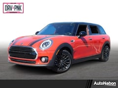 2019 MINI Clubman Cooper 4dr Car