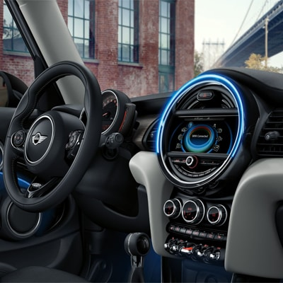 MINI Cooper Hardtop 4 Door Interior and Exterior Vehicle Features
