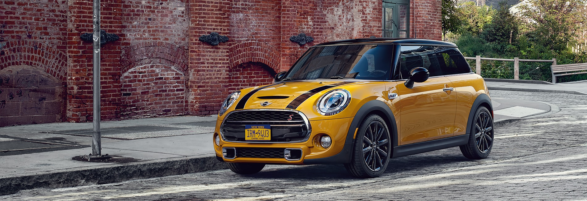 MINI Cooper Hardtop 2 Door Interior and Exterior Vehicle Features