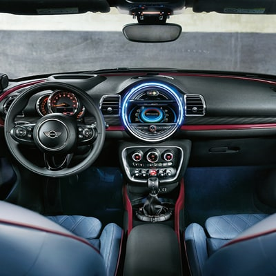 MINI Clubman Interior and Exterior Vehicle Features