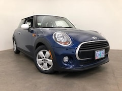 Used 2016 MINI Hardtop 2 Door Cooper Hatchback For Sale in Portland, OR