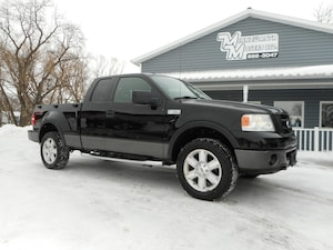 2008 Ford F-150 FLARE SIDE FX4!