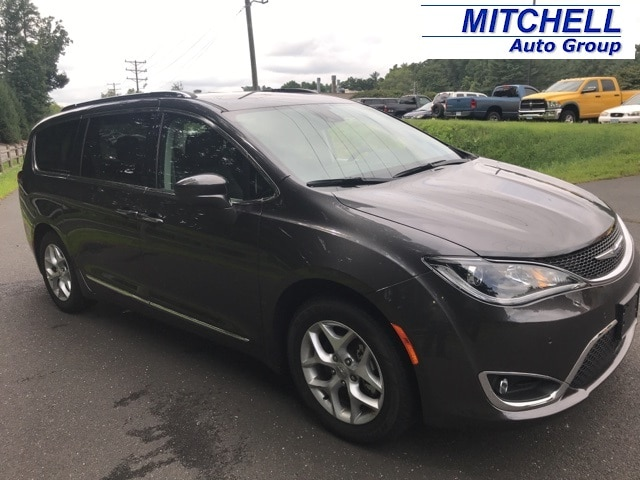 New Chrysler Pacifica In Simsbury CT | Near Hartford CT