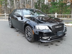 2018 Chrysler 300 S AWD Sedan For Sale in Simsbury, CT