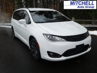 2019 Chrysler Pacifica Hybrid LIMITED Passenger Van For Sale in Simsbury, CT
