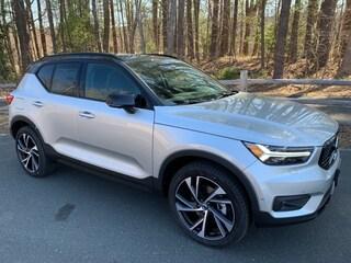 New 2019 Volvo XC40 T5 R-Design SUV For Sale in Simsbury, CT