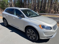 2017 Volvo XC60 T5 AWD Dynamic SUV For Sale in Simsbury, CT