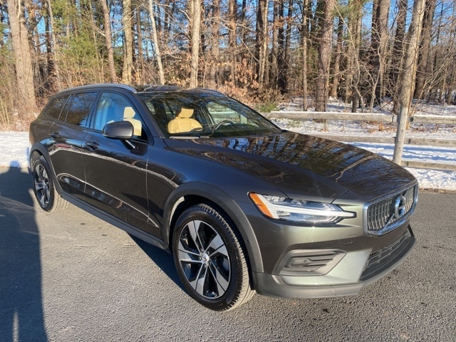 Used Volvo V60 Cross Country Simsbury Ct