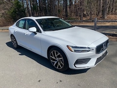 New 2020 Volvo S60 T5 Momentum Sedan for Sale in Simsbury, CT