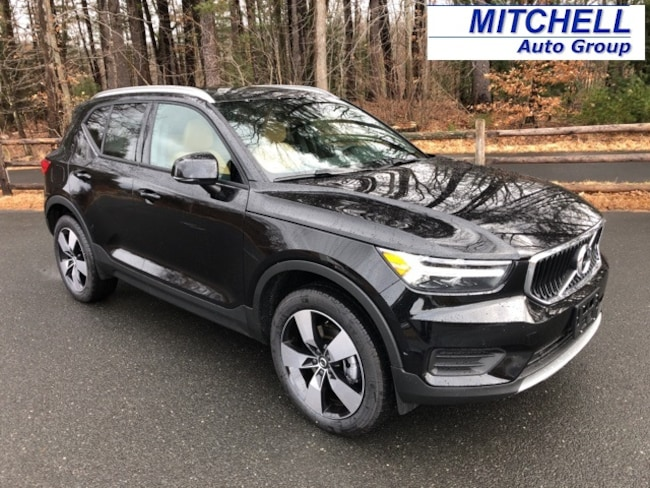 New 2019 Volvo XC40 T5 Momentum SUV for Sale in Simsbury, CT