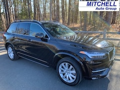 2017 Volvo XC90 T5 AWD Momentum SUV For Sale in Simsbury, CT