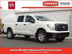 New 2019 Nissan Titan S Truck Crew Cab Concord, North Carolina