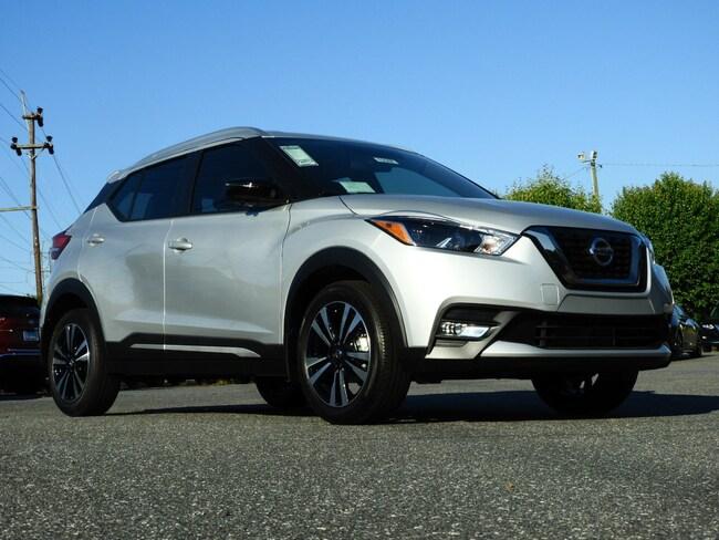 New 2019 Nissan Kicks SR SUV Hickory, North Carolina
