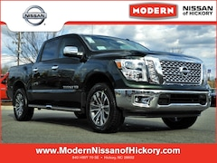 New 2019 Nissan Titan SL Truck Crew Cab Hickory, North Carolina