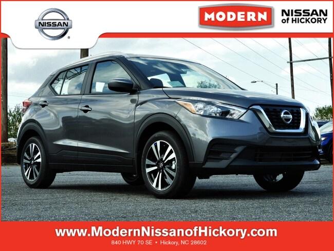 New 2019 Nissan Kicks SV SUV Hickory, North Carolina
