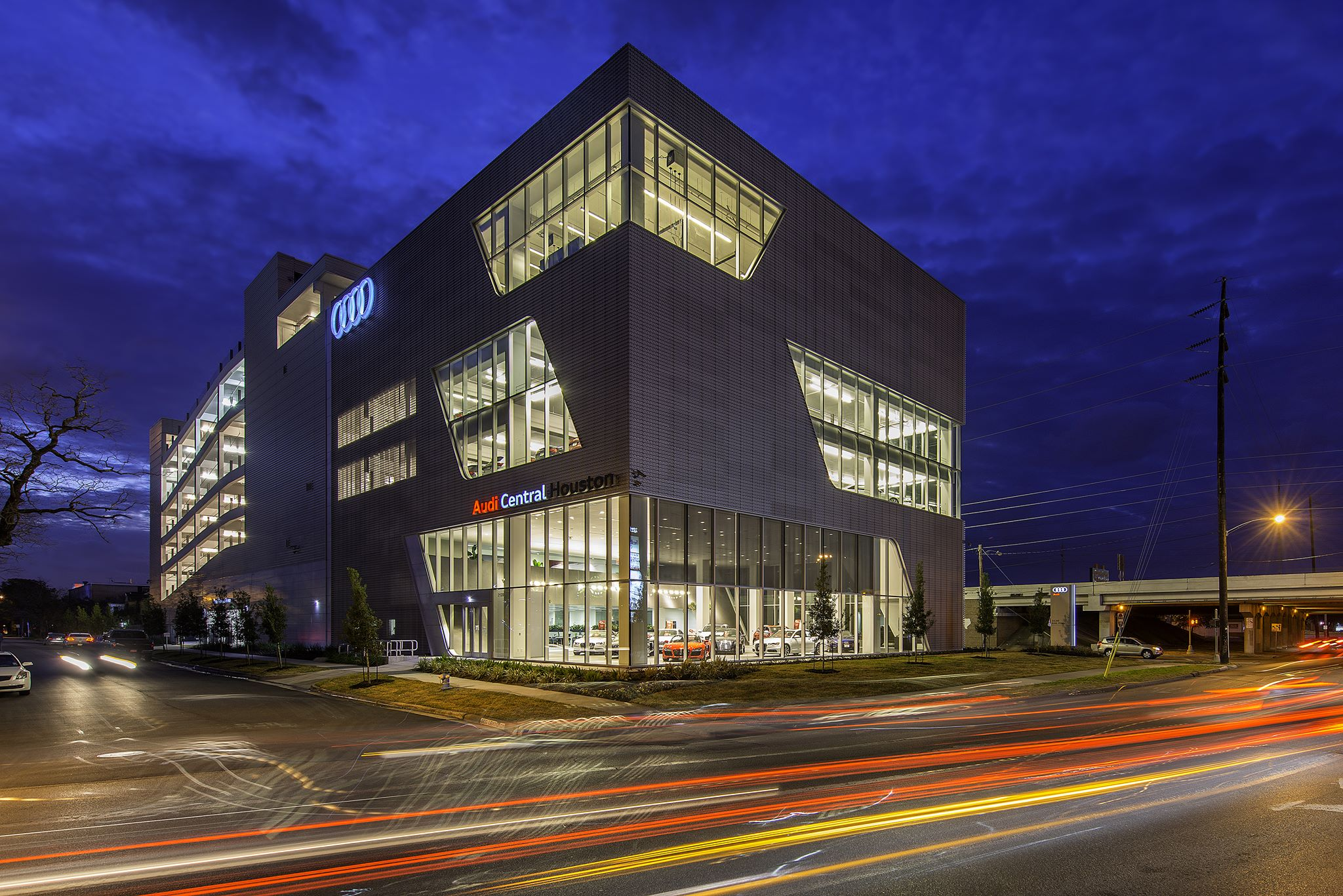 Audi Central Houston Facility - Momentum audi