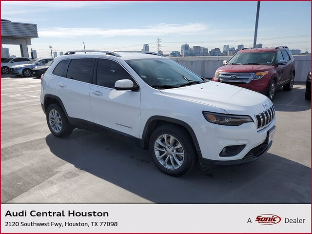 Used 2019 Jeep Cherokee Latitude SUV for sale in Houston