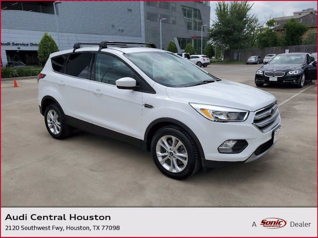 Used 2017 Ford Escape SE SUV for sale in Houston