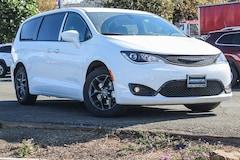 New 2018 Chrysler Pacifica TOURING PLUS Passenger Van in Vallejo, CA
